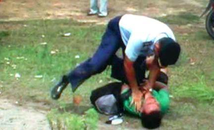 Video Anggota TNI Menganiaya Wartawan