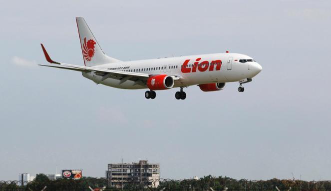 Pesawat Lion Air Tergelincir di Laut Airport Ngurah Rai Bali
