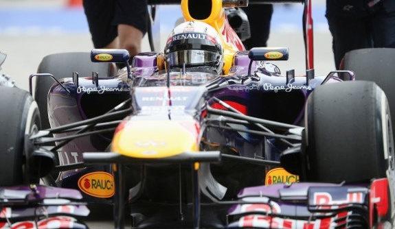 Sebastian Vettel Juara GP F1 Sakhir Bahrain 2013